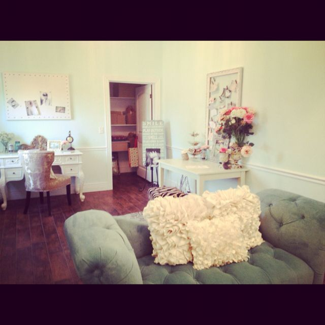 my new photography studio....a dream come true!  extremely thankful.  www.amomentcapturedphotographybyshannonwalker.com