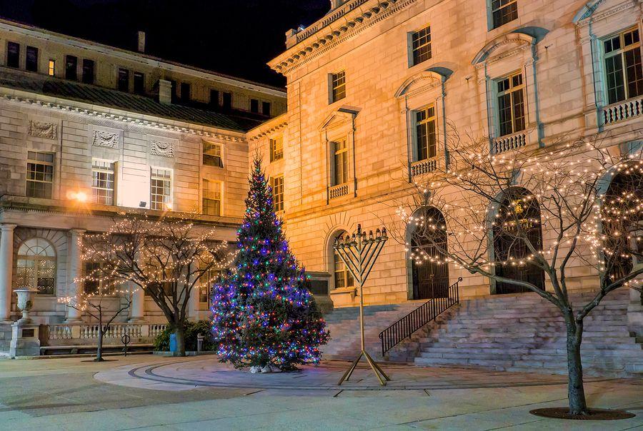Portland Maine Christmas.City Hall Portland Maine Your Pinterest Likes Maine