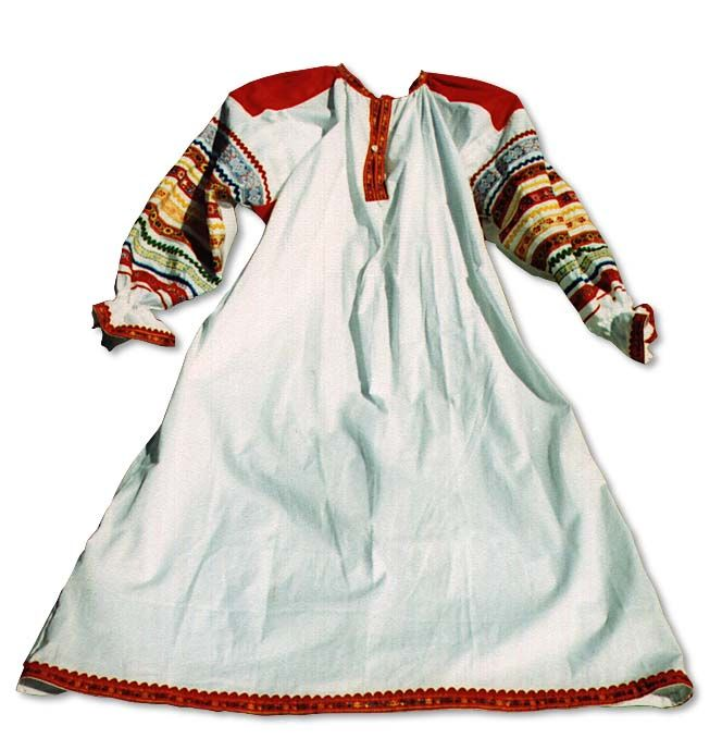 Such Russian handmade suits were traditional dress for Russian women in 18 - 19 centuries. This kind of suit was mostly spreaded in the Ryazan region of Russia.