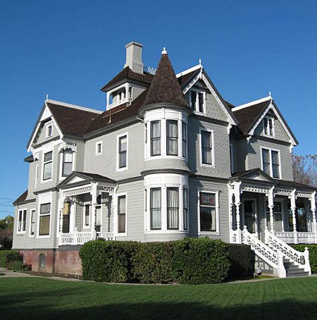 American house styles decorative trim bay windows and for Queen anne victorian house