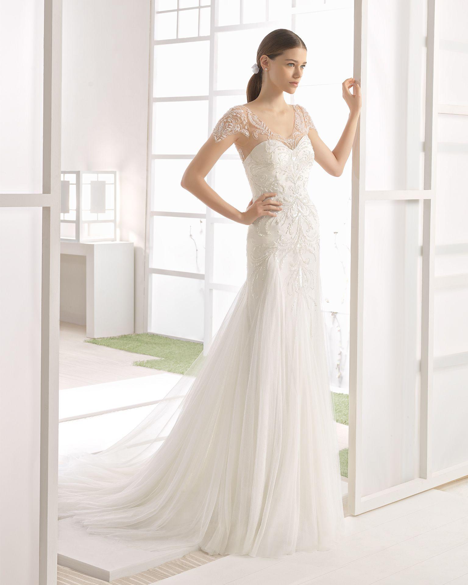 0e57eb1da WILMA Vestido de novia sirena de pedrería con godettes de tul suave
