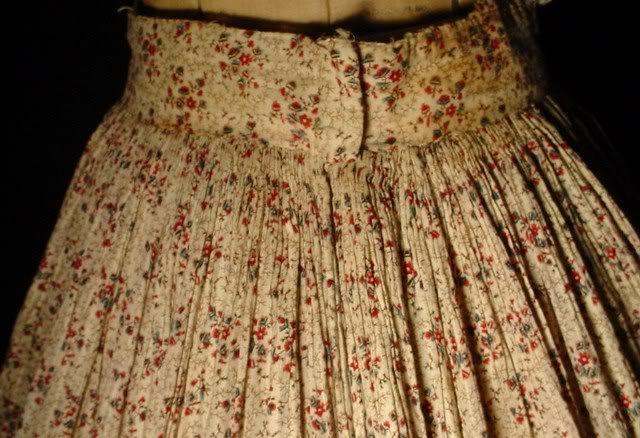 detalle fruncido falda 1830