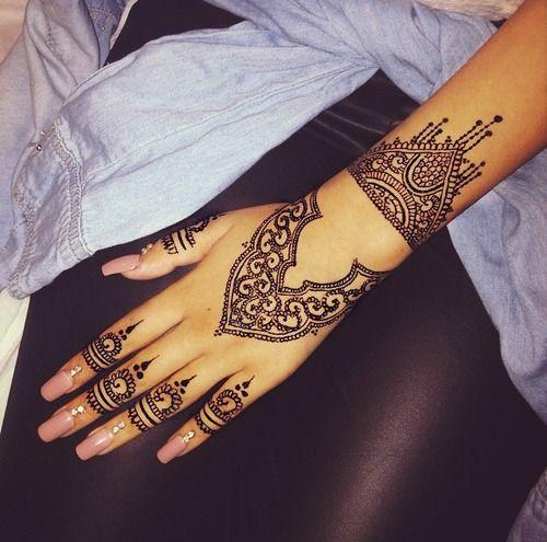 Henna Tattoo Ink Smeared: Henna Tattoo Designs, Henna