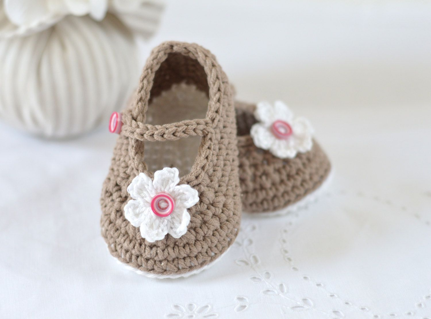CROCHET PATTERN Baby Shoes Classic Mary Janes in 3 sizes Instant ...