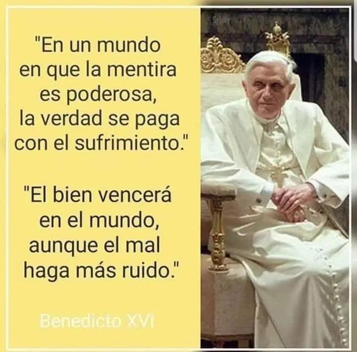 Pin De Mariana Alvarez En Memes Xd Chistes Sacerdote Borracho