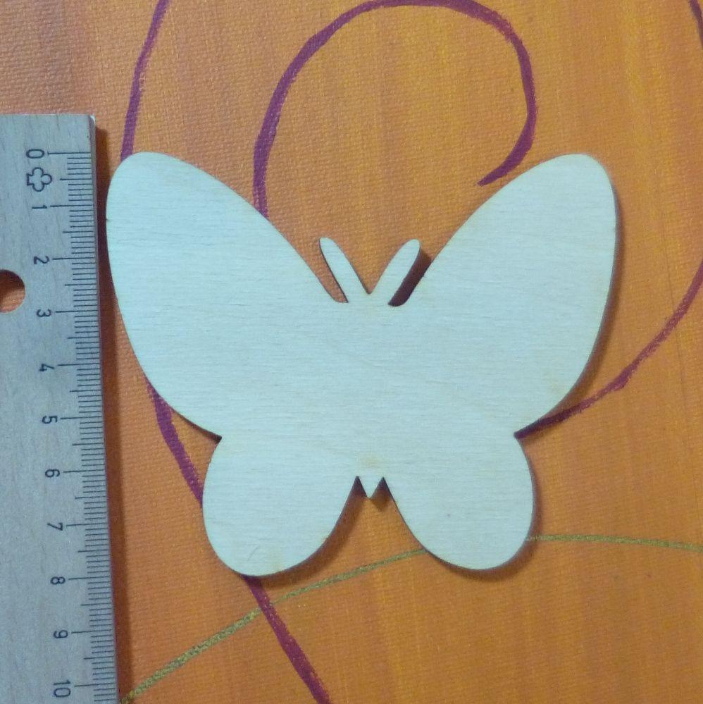Schmetterling für Servettentechnik oder zum anmalen mit Acrylfarben.