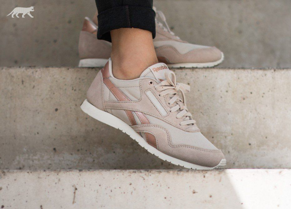 official photos 407d3 309c3 Reebok Rose Gold Classic | Clothes & Styles I like :) in ...