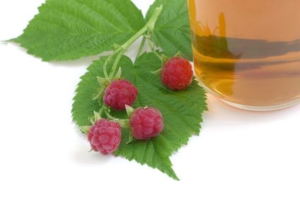 Walking with Dancers: Red Raspberry Leaf Tea for Pregnancy (and Women in General)