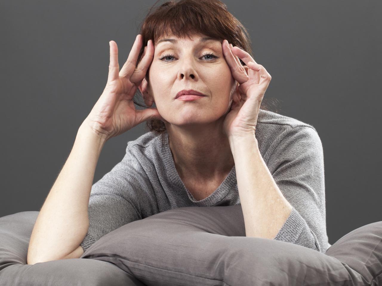 Menopauze: de vaakst voorkomende klachten en wat je er tegen kan doen