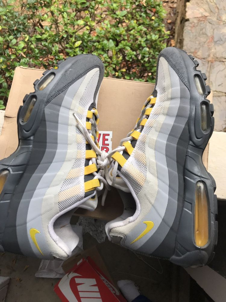 Nike Air Max 95 No Sew 511306-071 Anthracite Varsity Maize Wolf Gray 11.0   cbfdc0e39