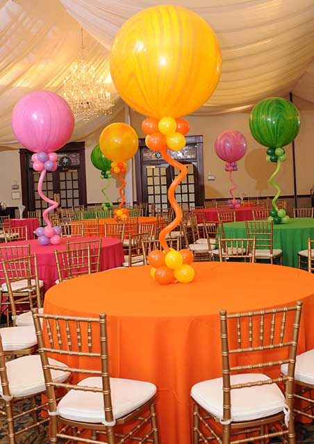 Marble balloon centerpieces with bases twisty
