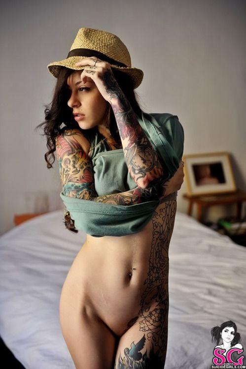 Nude mature milf naked