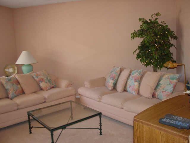 Mauve And Peach #80s Home Decor