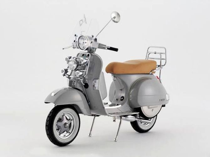 jewelry inspired vespa px 150 scooter by andrew bunney. Black Bedroom Furniture Sets. Home Design Ideas