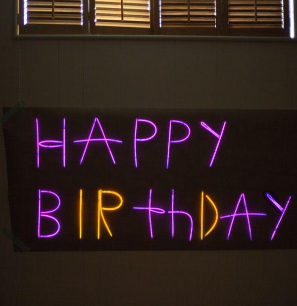 Birthday Sign Ups: Light Up Party Ideas