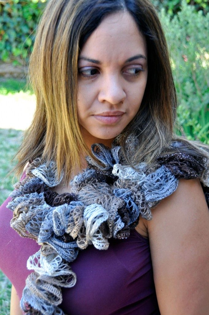 How To Crochet A Ruffle Scarf With Red Heart Sashay Yarn Ruffles