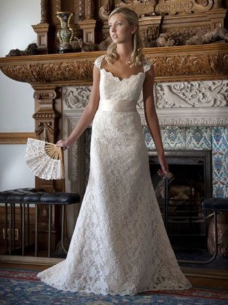15de9e266ee0 Pin by Samantha Serena on BཞıɖąƖ - ۷ıŋɬąɠɛ ცɛƖƖɛʂ & ɖཞɛąɱყ ɖཞɛʂses | Wedding  dresses, Bridal dresses, Dresses