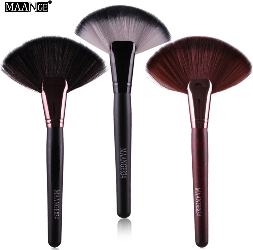 Large Fan Brush Cosmetic Tool Every Day I Try To Bring You The Very Best Deals To Save You Money Fan Brush Makeup Loose Powder Foundation It Cosmetics Brushes