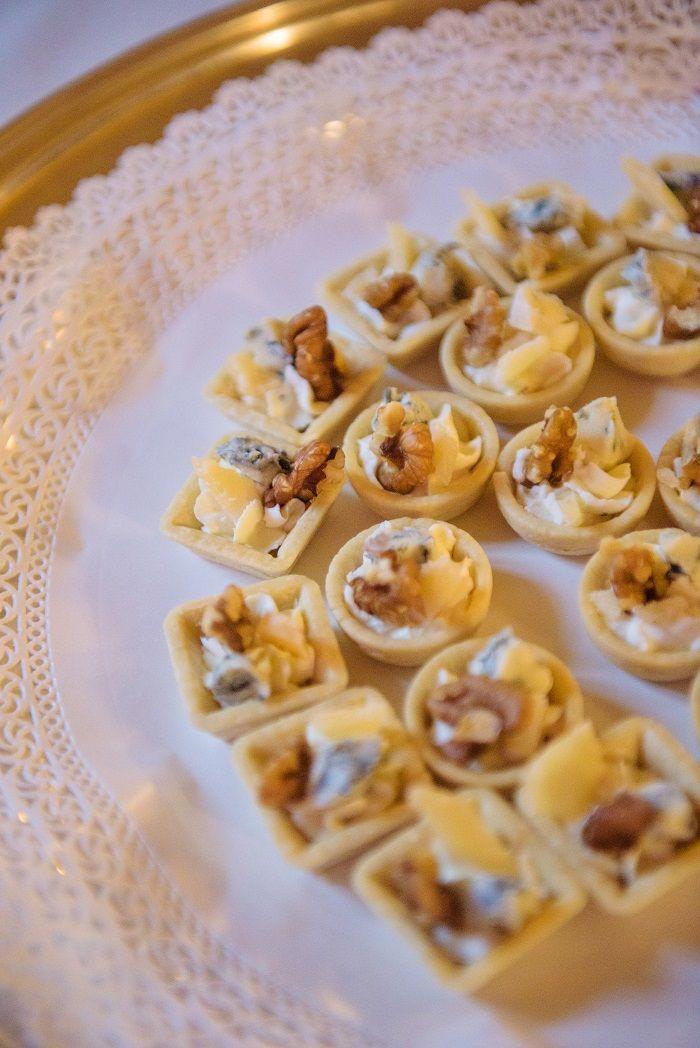 Wedding food | Romantic Rome Garden wedding | Fab Mood
