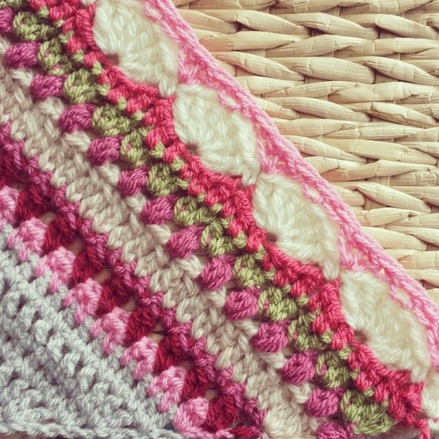 Sunday Shawl - crochet pattern by The Little Bee https ...