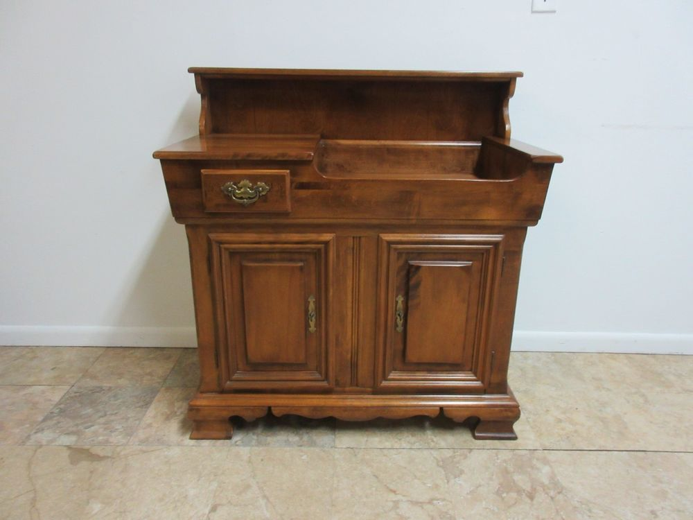 Cushman Maple Pennsylvania House Chippendale Dry Sink Server Liqour Cabinet - Cushman Maple Pennsylvania House Chippendale Dry Sink Server Liqour