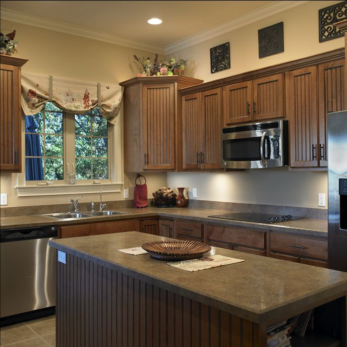 Cabinets: Ginger Maple with a Black Glaze, Standard ...