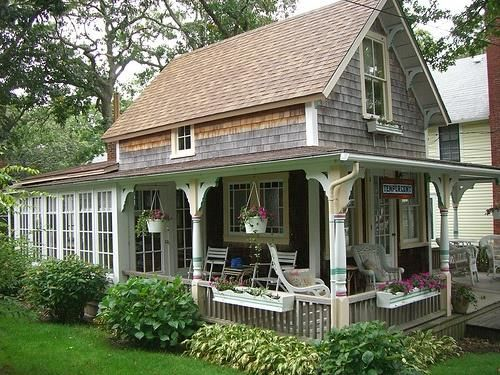Cozy Cottages Greenhouse Cottage This Looks Like A New England Summer Cottage Via Brit Morin Small Cottage Homes Cottage House Plans Cottage Homes