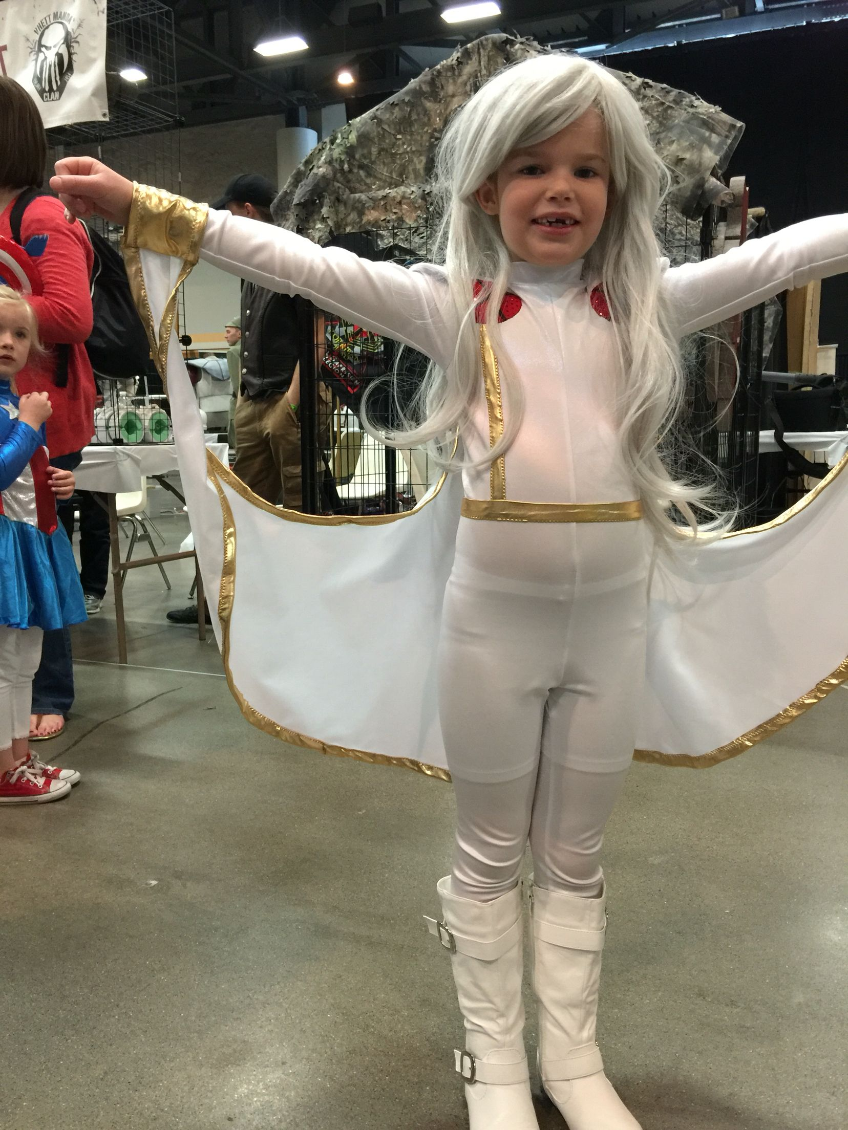 kidstorm at wizard world des moines on the cwbt. kidcosplay storm