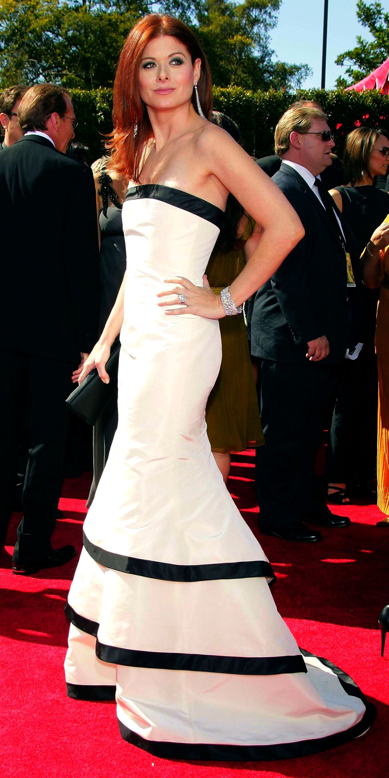 Pin By Claudia Leal On Red Carpet Celebrity Dresses Wonderful Dress Fashion [ 2729 x 1365 Pixel ]