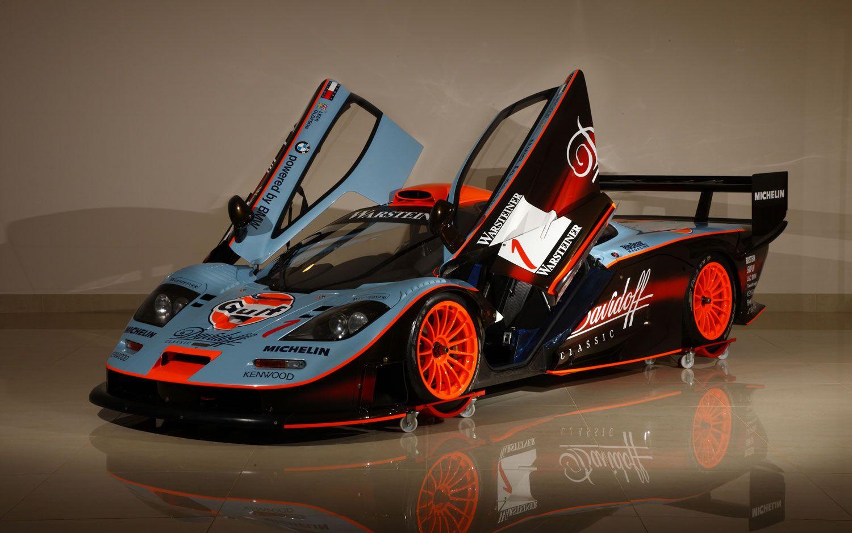 Gulf Racing Mclaren At The Mclaren Technology Center Gulf