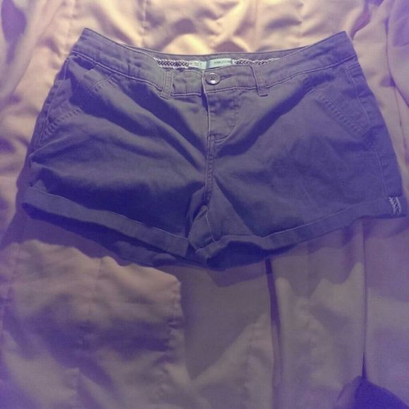 Maurices olive green shorts size 3/4 Maurices olive green shorts size 3/4 very comfortable & cute Maurices Shorts Jean Shorts