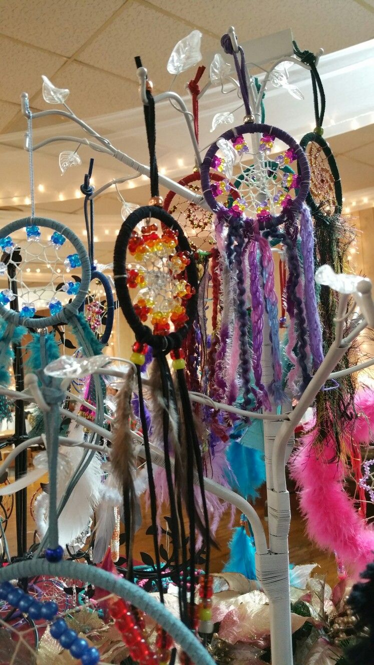 What Stores Sell Dream Catchers Selling Dream catchers at a craft fair Dream catchers 11