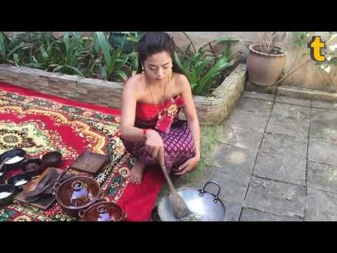 Amazing Travel to Cambodia,the Pretty Girl is cooking traditional food i...