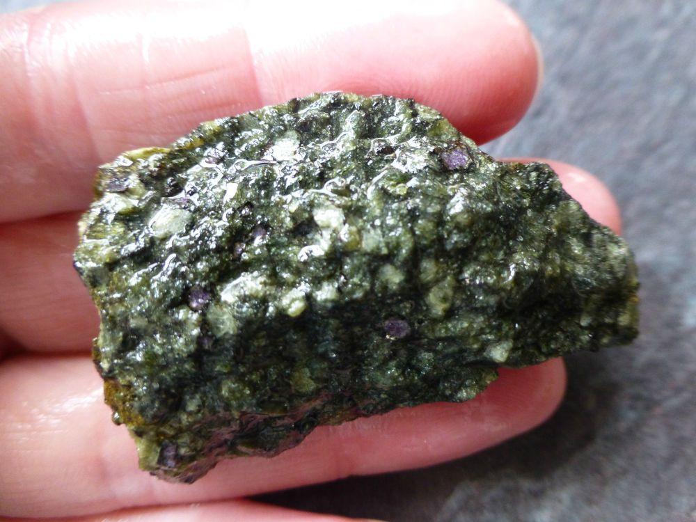 Details about kimberlite natural specimen 242 grams 1