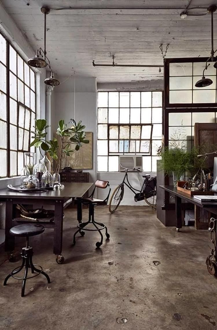 Foto: Leven in een fabriek - industrieel interieur - industriële ...