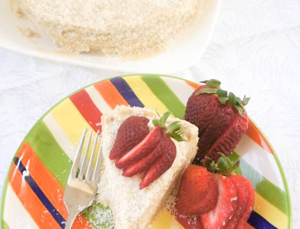 Raw Tropical Coconut Cake