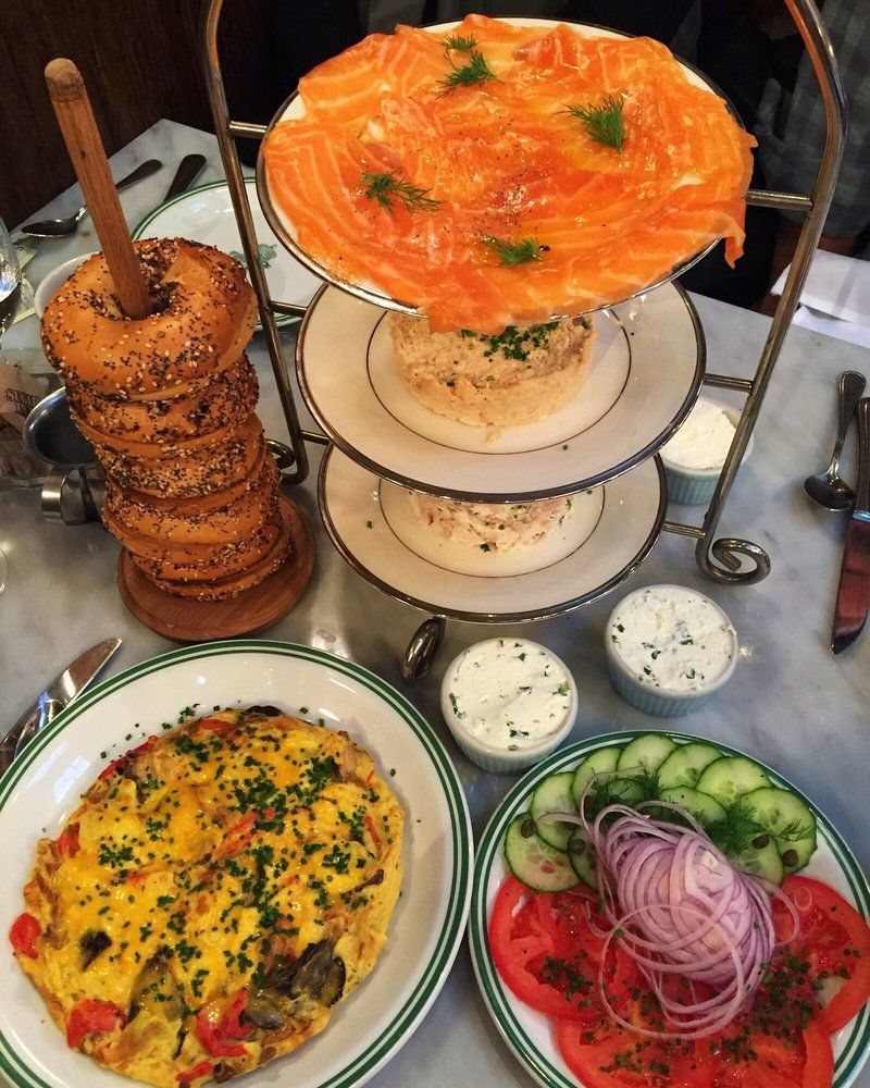 Bagel Lox Omelette Breakfast At Sadelles Nyc Soho So Colorful Uniquely Presented