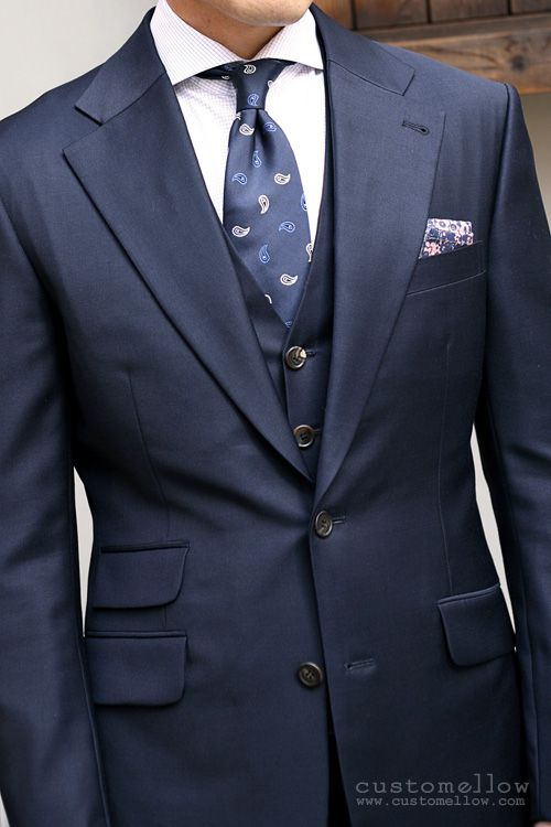 Pin By Brogues Workshop On Gentlemenswear Style Mens Fashion Suits Well Dressed Men Mens Outfits