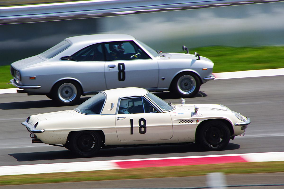 Mazda Cosmo Sports and Capella RX-2