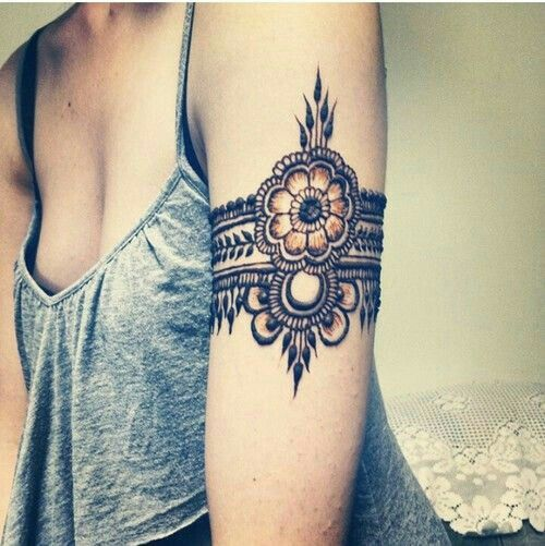 This But A Sunflower Arm Band Tattoo T2 Tattoos Henna Mehndi