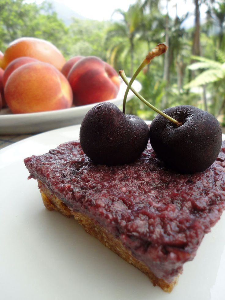 Raw vegan cherry cake - only 3 ingredients - also has a grea images