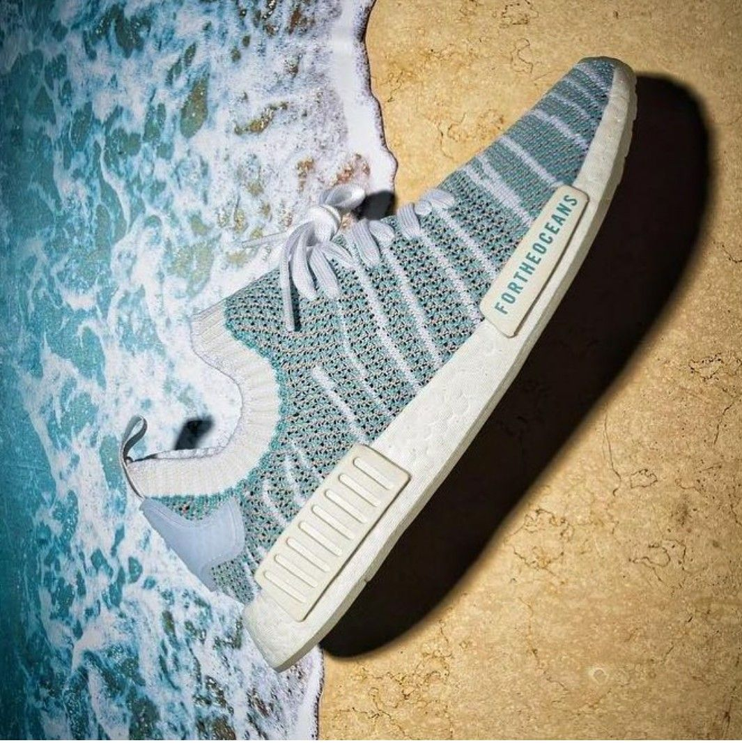 watch 6f391 d0453 Adidas NMD R1 Parley for the oceans