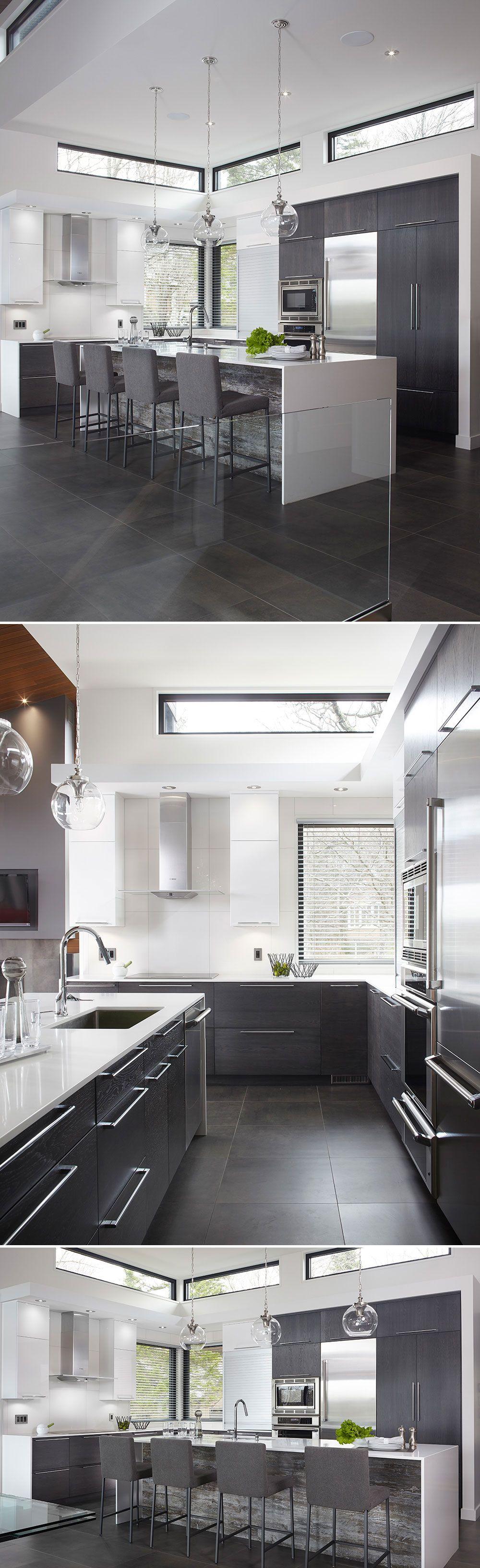 Armoires de cuisine en placage de ch ne tranch sur dosse for Placage armoire cuisine