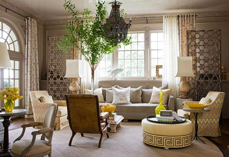 Traditional decorating in sunny yellow traditional home - Unique living room ideas ...