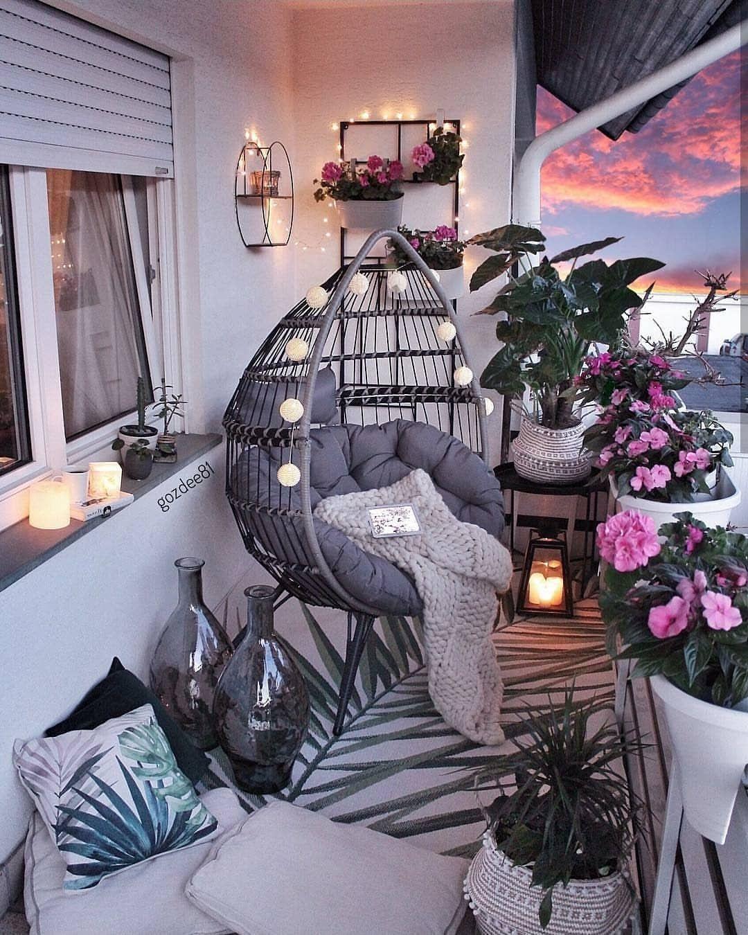 chillvibes 💞🎈 ❤ 💖✨✨ Pinterest:@xymne  Apartment balcony