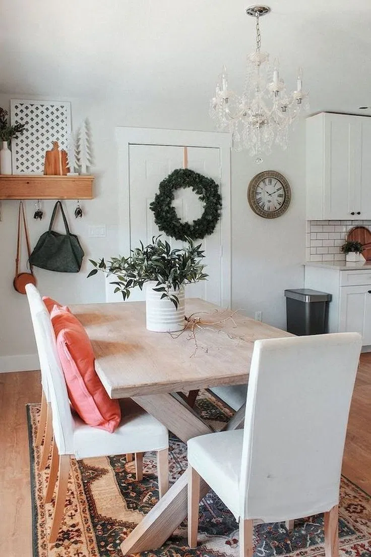 adorable dining room table centerpieces ideas 00033 avec images decoration on boho chic dining room kitchen dining tables id=41015