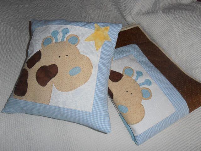 cojin de bebe con aplicacion de jirafa , hecho a mano | ropa de cama ...