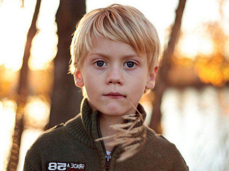 Coiffure enfant pour petit gar on tendances t 2015 petits gar ons casual et coupe petit - Coupe petit garcon ...