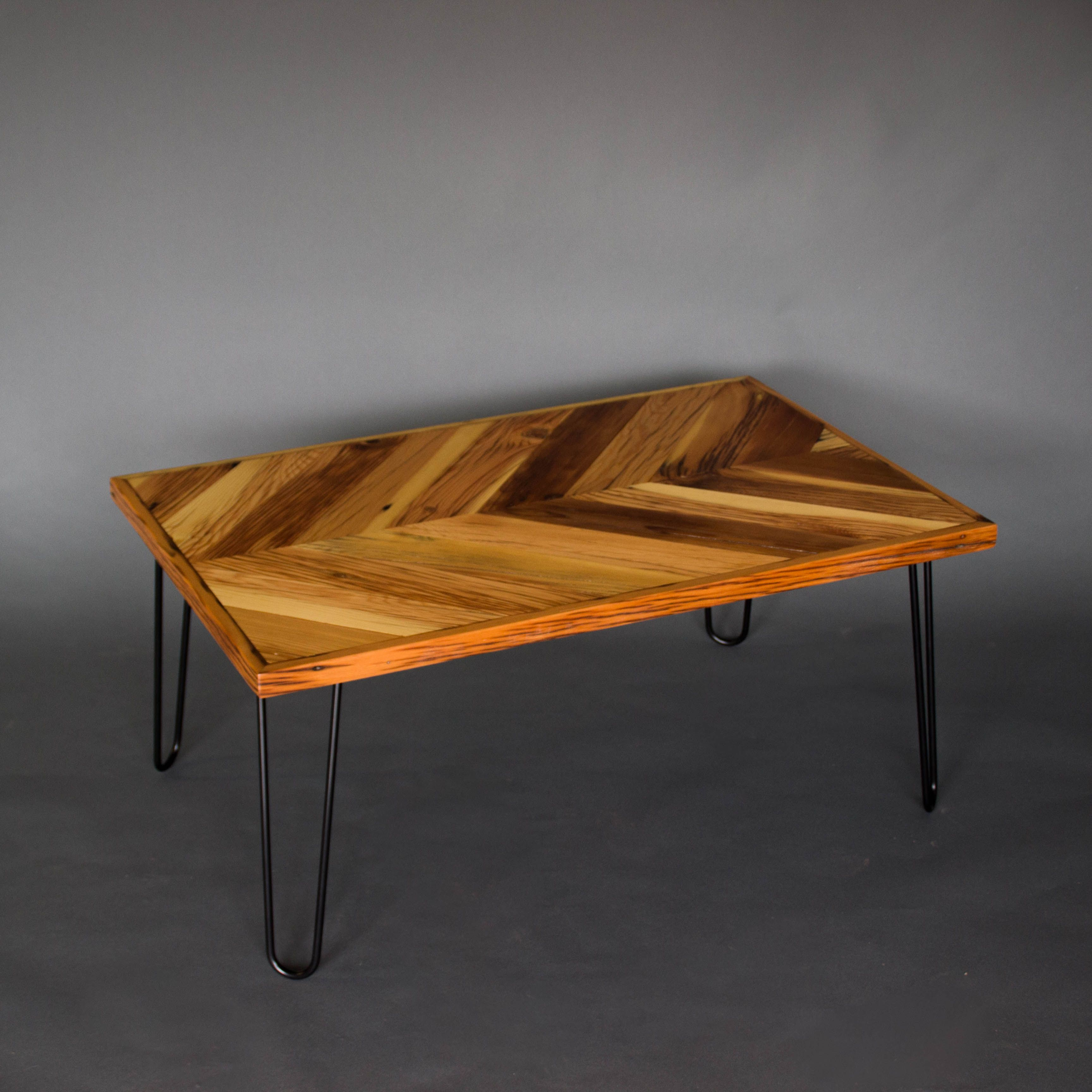 farmhouse herringbone coffee table chevrontable