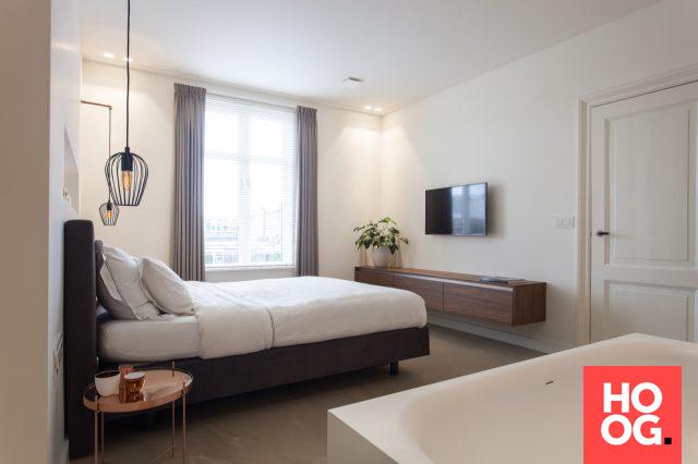 luxe slaapkamer inrichting met ligbad slaapkamer design